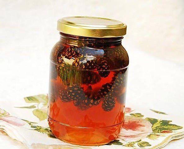 Лечебный сироп из еловых шишек